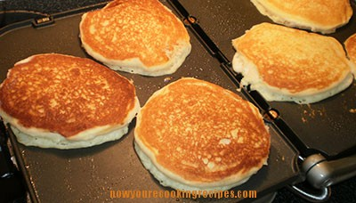 buttermilk-pancakes-griddle